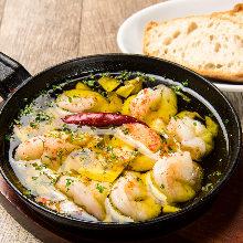 Shrimp al ajillo with baguette