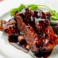 Spare ribs with black vinegar