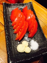 Sliced tomatoes