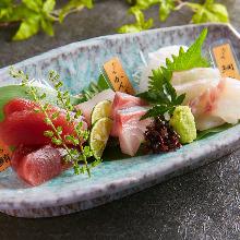 Assorted seasonal fresh fish, 3 kinds