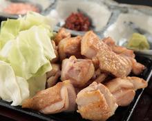 徳島県産阿波尾鶏 もも肉の炙り焼き