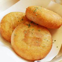 Potato cheese mochi (rice cake)