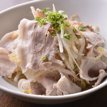 Pork and bean sprouts with ponzu sauce