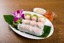Fresh shrimp and avocado spring roll