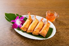 Fried spring roll of shrimp