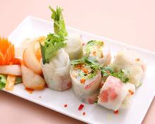 Fresh shrimp and avocado spring roll