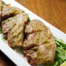 黒豚バラ肉の柚子こしょう焼