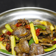 Stir-fried beef with spices