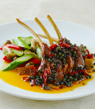 Stir-fried lamp spare ribs with spices