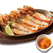 Roasted shrimp with tomato and lime sauce