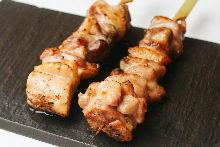 Grilled chicken thigh skewer