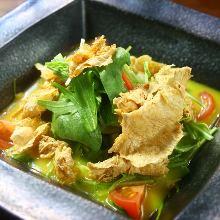 Deep-fried yuba salad