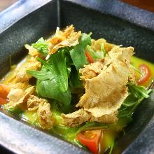 Deep-fried yuba salad