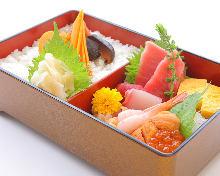 Chirashi sushi