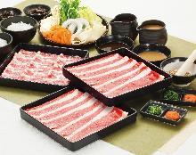 【熟成牛しゃぶしゃぶ・すきやき食べ放題コース】(120分)