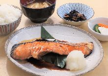 Teriyaki salmon set meal