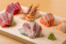 Assorted sashimi, 6 kinds