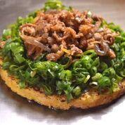 Beef okonomiyaki