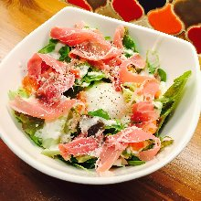 Caesar salad with prosciutto