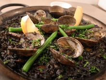Squid ink paella