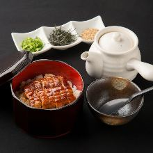 Una chazuke (eel and rice with tea)