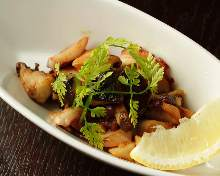 Stir-fried octopus and mushroom with garlic butter