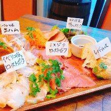 Assorted meat cuisine