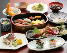 7,700 JPY Course (9 Items)