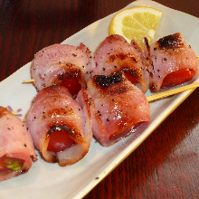 Grilled bacon and tomato skewer