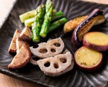 野菜の鉄板焼き盛り合わせ