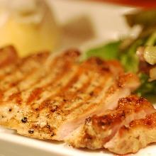 国産黒豚ロースのステーキ