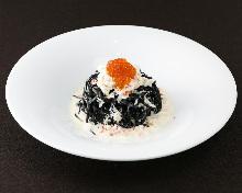 Cream sauce spaghetti with crab
