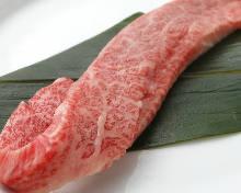 Thickly-cut chuck rib (yakiniku)