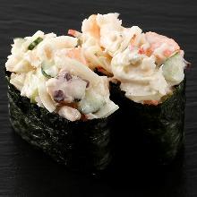 Gunkan sushi roll