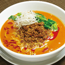 Chinese noodles in Sichuan-style sesame paste soup