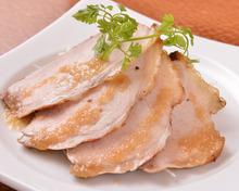 猪豚モモ肉のローストポーク