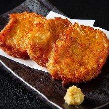 Yakisoba noodles with starchy sauce / Hard fried yakisoba noodles