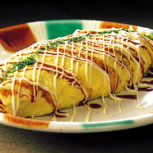 Yakisoba noodle omelet
