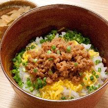 Soboro Gohan (seasoned ground meat rice)