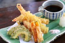 Seasonal vegetable tempura