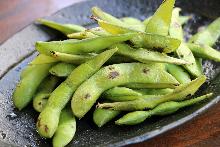 Edamame beans and wasabi