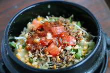 Taco rice in a stone bowl