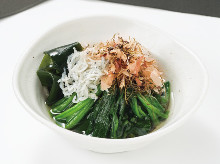 Spinach ohitashi (boiled spinach)