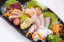 Seared Jidori chicken and horse sashimi