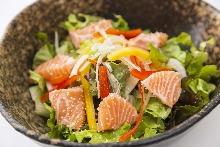 Caesar salad (Salmon,Cheese)