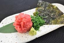 Negitoro (tuna paste with green onion) seaweed wraps