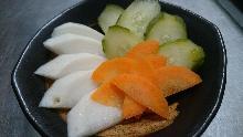Assorted lightly pickled vegetables
