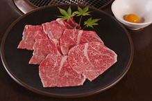 Marbled meat yakiniku