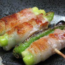 Wrapped asparagus skewer