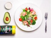 Caesar salad with shrimp and avocado